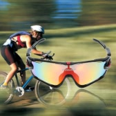 Polarized UV Protection Cycling Sunglasses with 4 Interchangeable Lenses