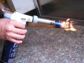 360 ° 回転可能な信頼性の高い安全なブタン ガス トーチ バーナー自動点火キャンプ バーベキュー火炎放射器炎ライター屋外用品