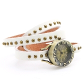 Women's Vintage Rivets Bracelet Wrist Watch